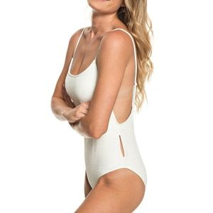 Roxy | Surf Memory Crochet One-Piece Swimsuit M